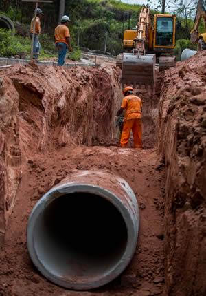 Foto 1 - Felipe Barros (4) Construção de redes de esgoto e galerias de drenagem no Jardim Nova Itapevi atinge 35% de obras concluídas Construção de redes de esgoto e galerias atinge 35% de obras concluídas na Nova Itapevi Foto 1 Felipe Barros 4