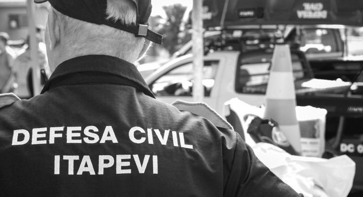 Entrega de Viaturas e Equipamentos Defesa Civil