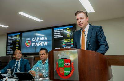 Prefeito Igor Soares defende projetos que visam tornar Itapevi em Polo Educacional - Felipe Barros-E