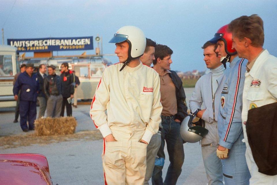 Niki Lauda - 1969 - Kaimann Racing  Piloto de Itapevi disputa GP da Fórmula Vee em homenagem a Niki Lauda Niki Lauda 1969 Kaimann Racing