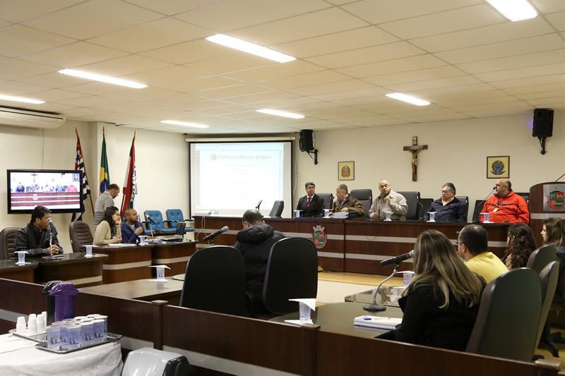 CMI_140814_Audiencia_Publica_Residuos_0006_JORN