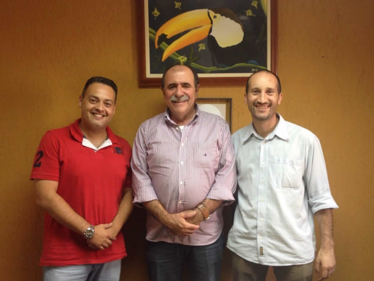 Deputado João Caramez recebe o Canal Itapevi em seu escritório municipal