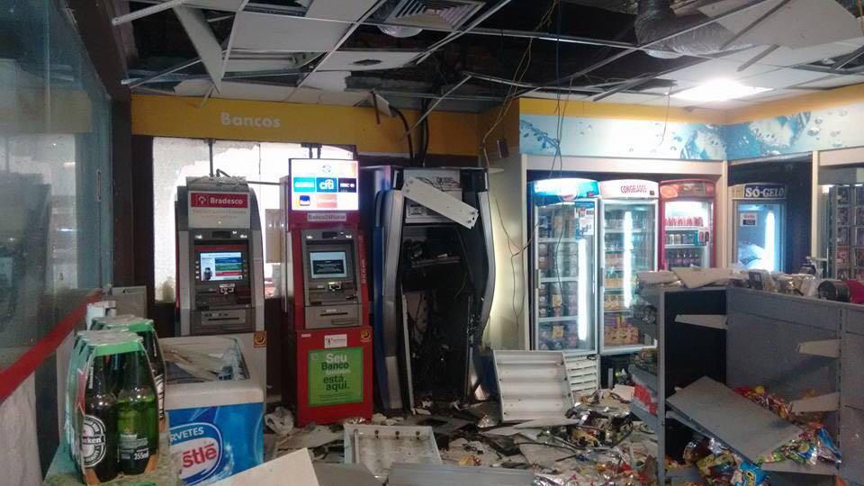 Explosão de caixa eletrônico em Itapevi