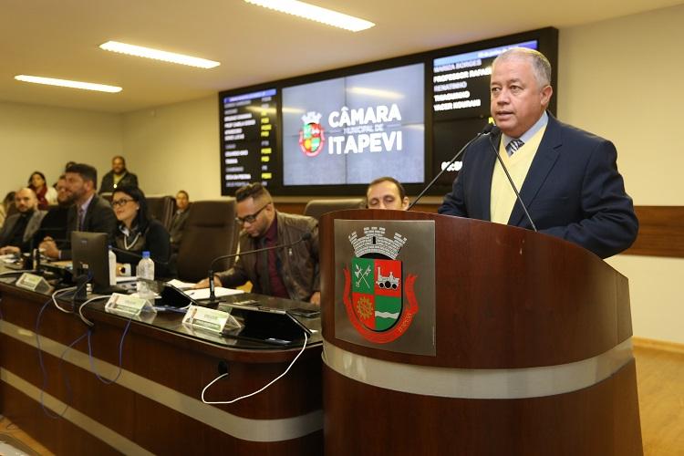Professor Paulinho se licencia para assumir secretaria municipal em Itapevi