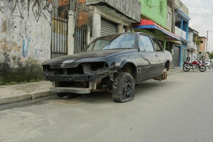 Prefeitura de Itapevi cria e-mail para localizar veículos abandonados