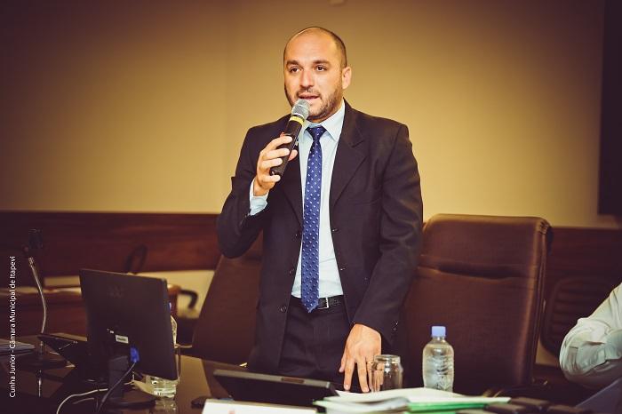Professor Rafael busca solução para mobilidade urbana em Itapevi