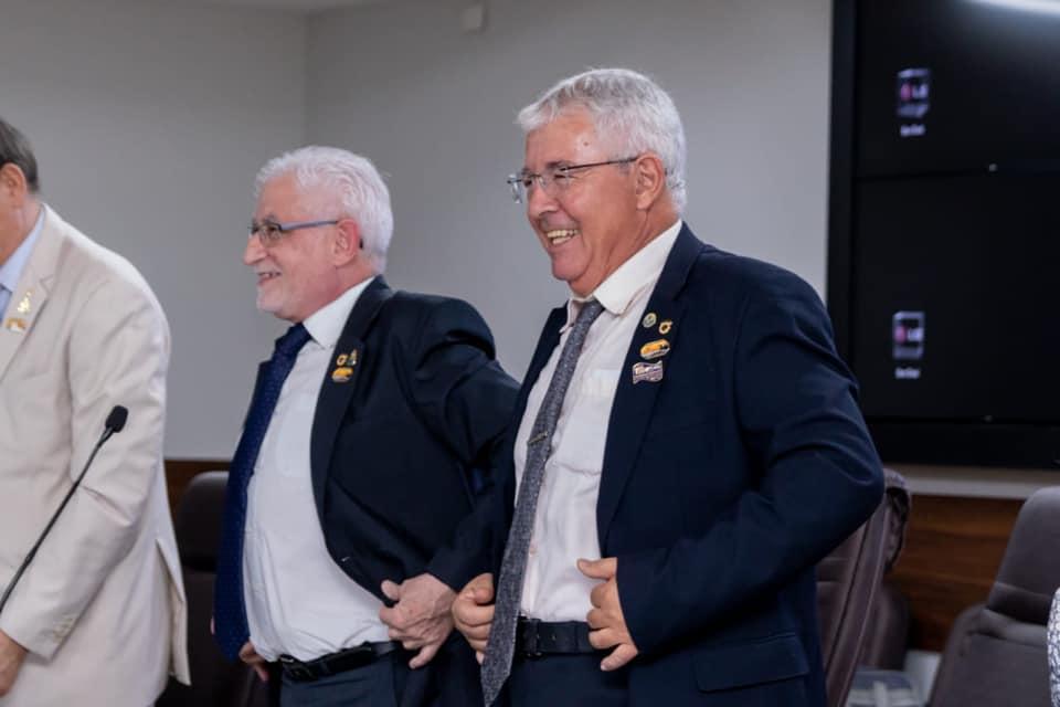 Luiz Carlos Delgado assume a presidência do Lions Club Itapevi