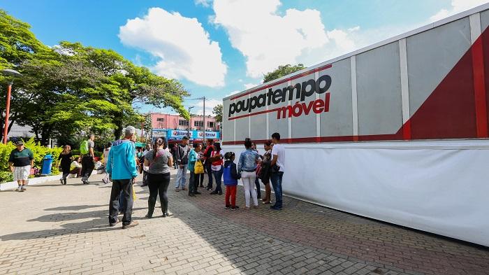 Itapevi recebe Poupatempo Móvel com diversos serviços