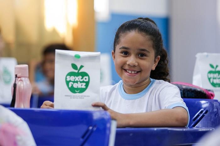 Sexta Feliz completa dois anos com mais 2 milhões de kitsdistribuídos para os alunos