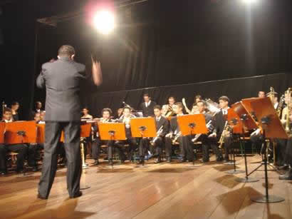 Bandas Sinfônica e Marcial de Itapevi receberam moção de Aplauso