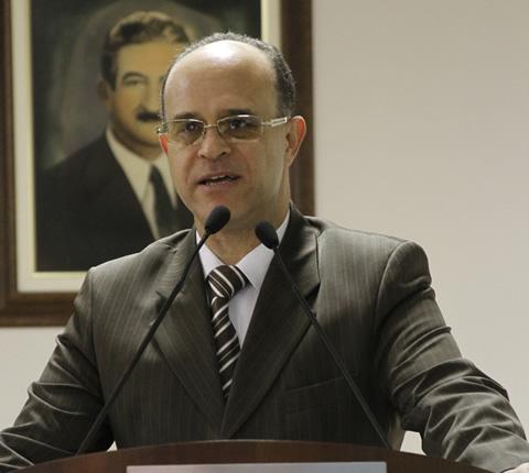 Vereador Julio Portela manifestou contra o fechamento das APAEs