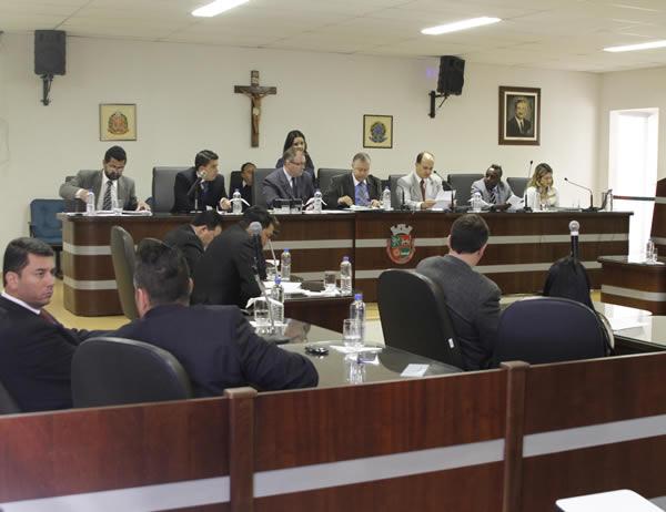 Câmara de Itapevi aprova 20 requerimentos