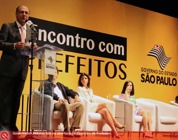Jaci Tadeu acompanha Encontro de Prefeitos Paulistas, em São Paulo