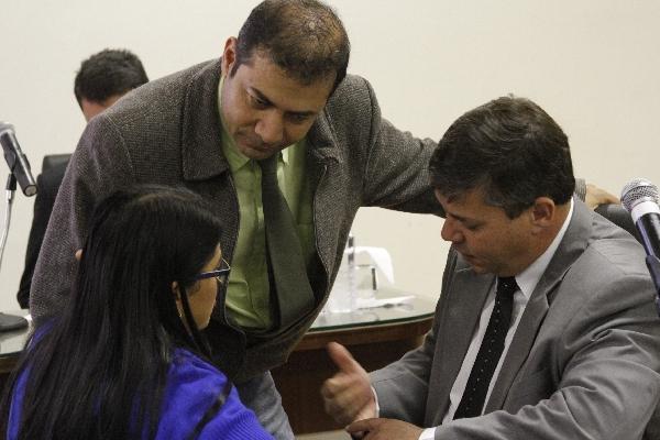 Vereadores propõe projeto criando auxilio-creche