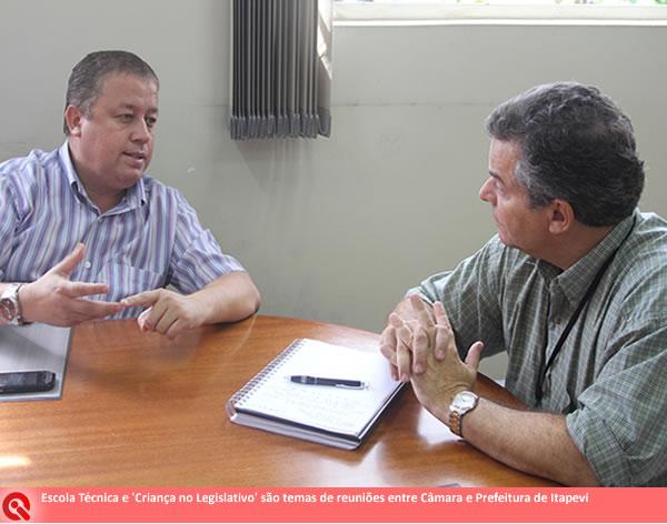 Escola Técnica e 'Criança no Legislativo' em Itapevi