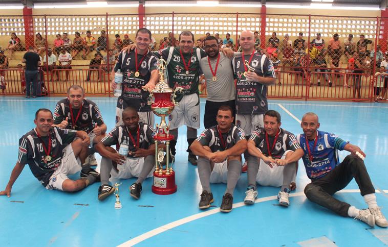 Furacão/Colina leva o 'Veteraníssimo' de Futsal de Itapevi